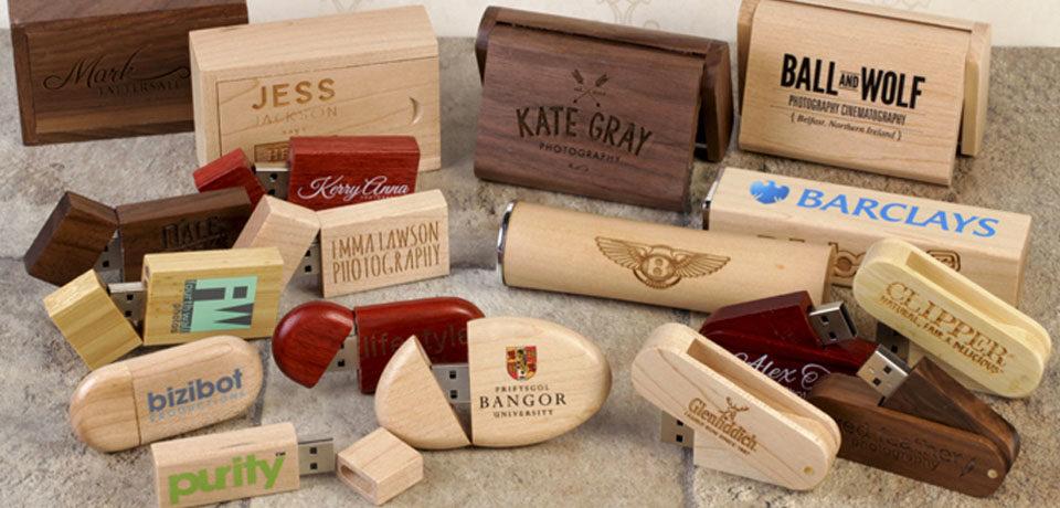 Los usb personalizados de madera, la tendencia ecológica para esta Navidad