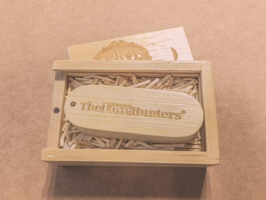 Memoria USB con carcasa de madera