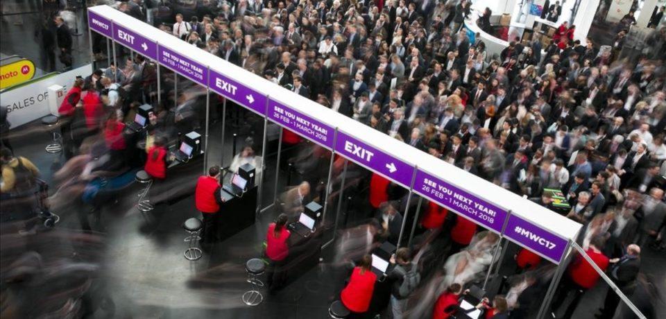 Memorias USB personalizadas en ferias y congresos: ¿Por qué siguen triunfando?