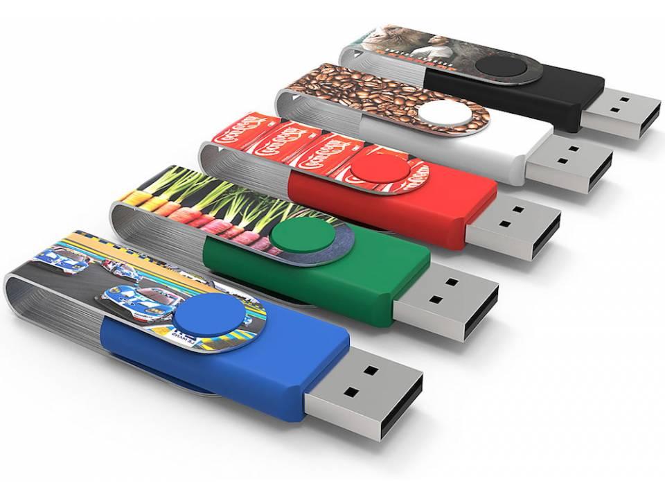 Varios USBs personalizados con la técnica Max Print